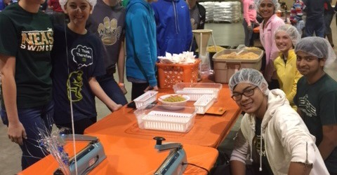 Nease Students Volunteer at Thanksgiving Community Outreach Event